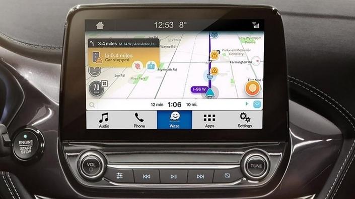 La projection directe de Waze dans le système multimédia du véhicule (ici avec Ford) se développe progressivement.