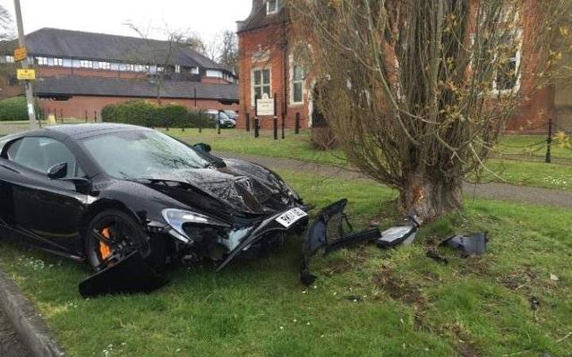 Insolite : il casse sa McLaren 650S Spider dix minutes après sa livraison
