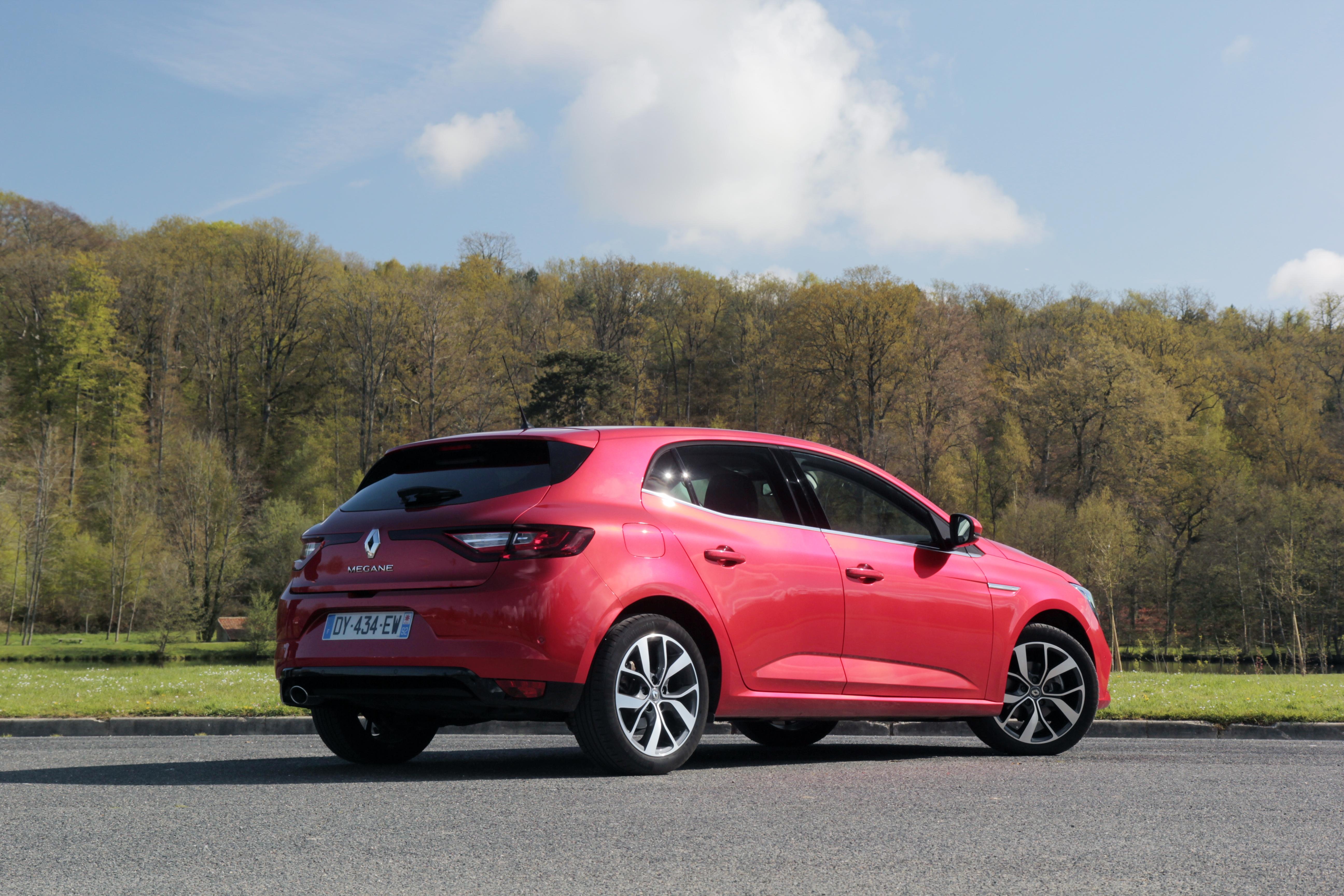 Comparativa: Opel Astra VS Renault Megane VS Volkswagen Golf  S0-comparatif-video-renault-megane-vs-opel-astra-vs-volkswagen-golf-la-deuxieme-tentative-sera-t-elle-la-bonne-378199
