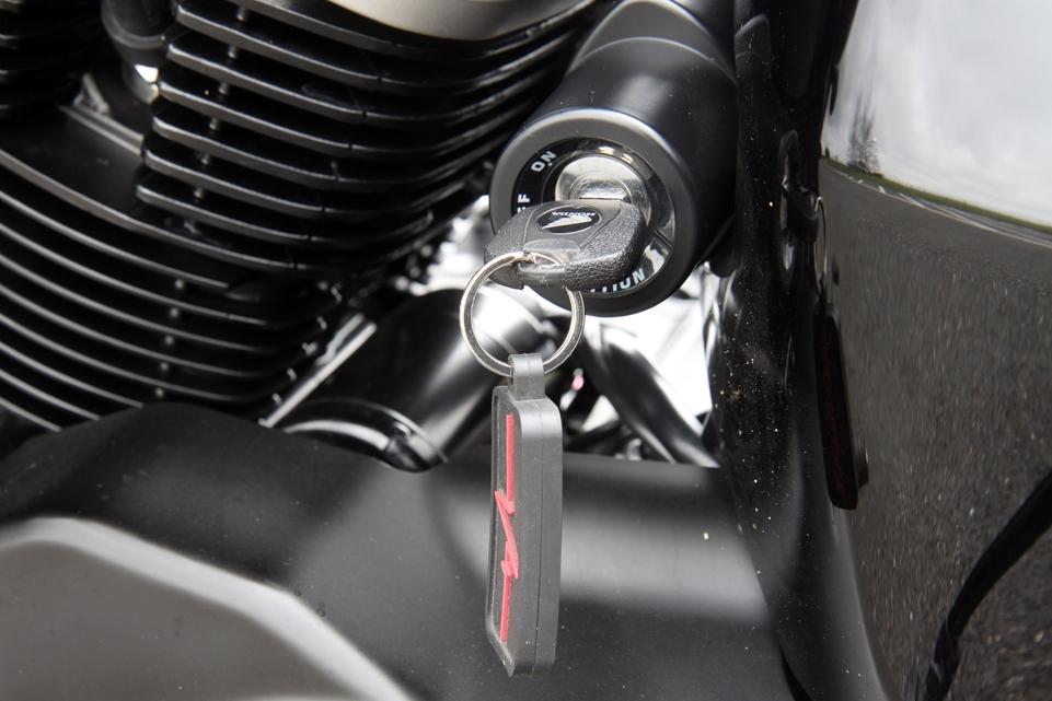 Honda VT 750 Shadow C2B:  Une prise en main évidente