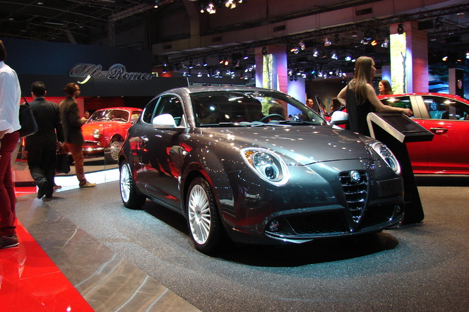 alfa romeo giulietta et mito sprint sp ciales en direct du salon de paris 2014. Black Bedroom Furniture Sets. Home Design Ideas