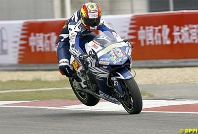 Moto GP: France: D.1: Melandri, entre les gouttes