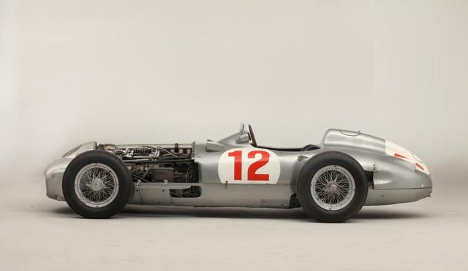 La Mercedes de Juan Manuel Fangio vendue 22 millions d'euros : un record