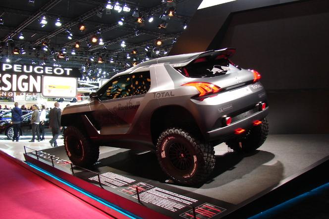 Peugeot 2008 DKR: arme fatale? - En direct du Salon de Paris 2014