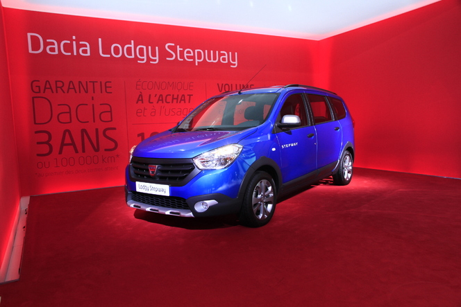 Dacia Lodgy et Dokker Stepway, success serie - Vidéo en direct du salon de Paris 2014