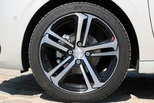 Essai - Peugeot 208 1,6 BlueHDI 120 : pour les gros rouleurs