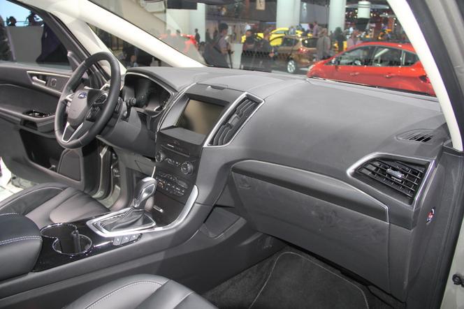 Ford S-Max : moins sportif - Vidéo en direct du Salon de Paris 2014