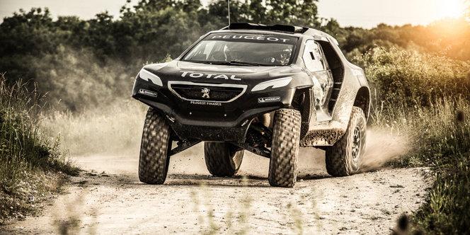 Interview de Stéphane Peterhansel, pilote Peugeot Sport - En direct du Salon de Paris 2014