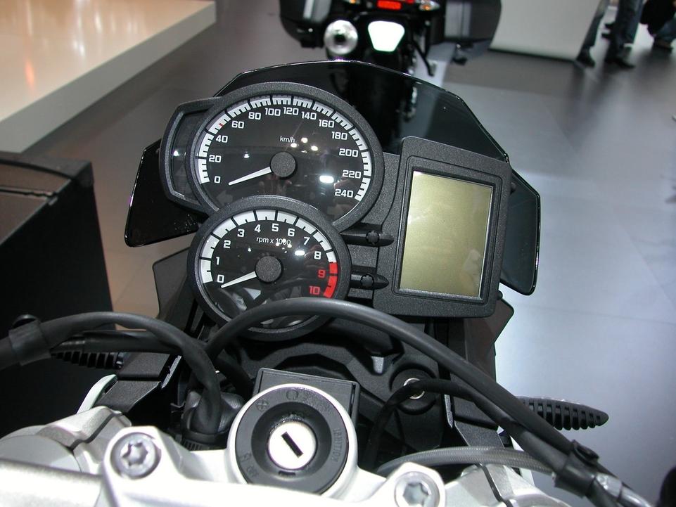 En direct de l'EICMA :  BMW F 800 R