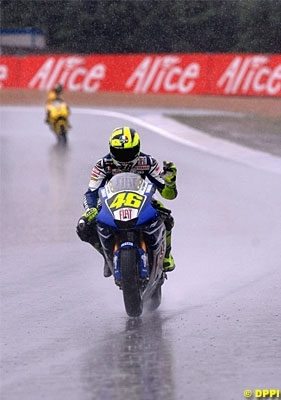 "Moto GP: France: Michelin: ""Trop dur""."