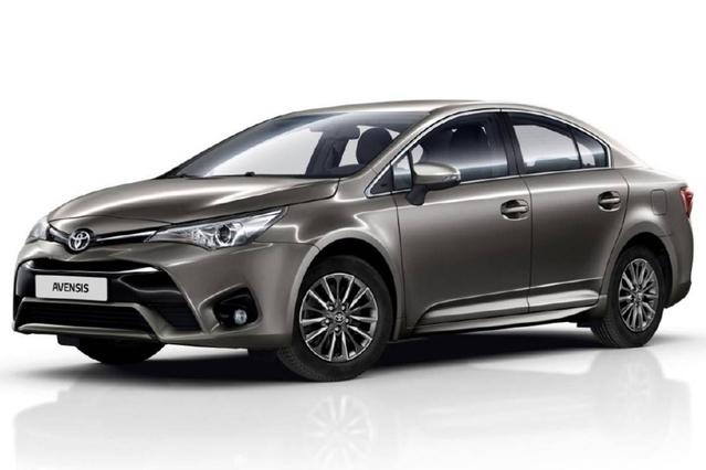 Toyota modernise la berline Avensis et la compacte Auris
