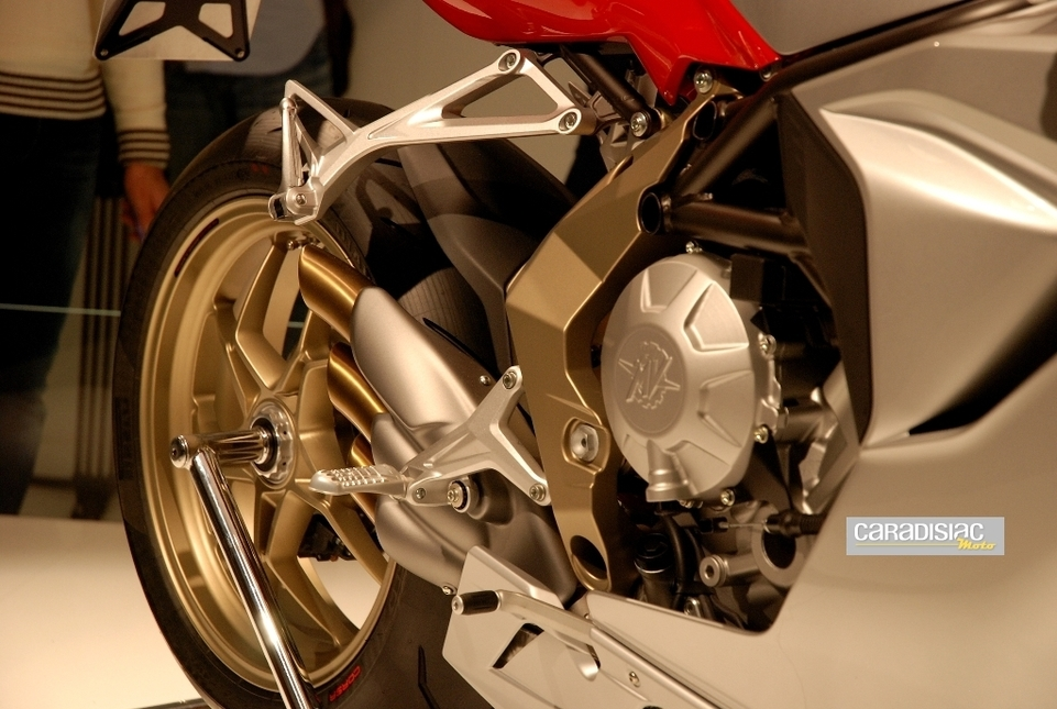 Salon de Milan 2010, en direct : MV Agusta F3...