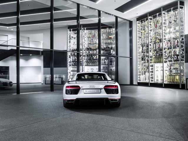 """Audi lance la R8 Coupé V10 plus """"selection 24h"""" pour fêter les victoires en endurance"""