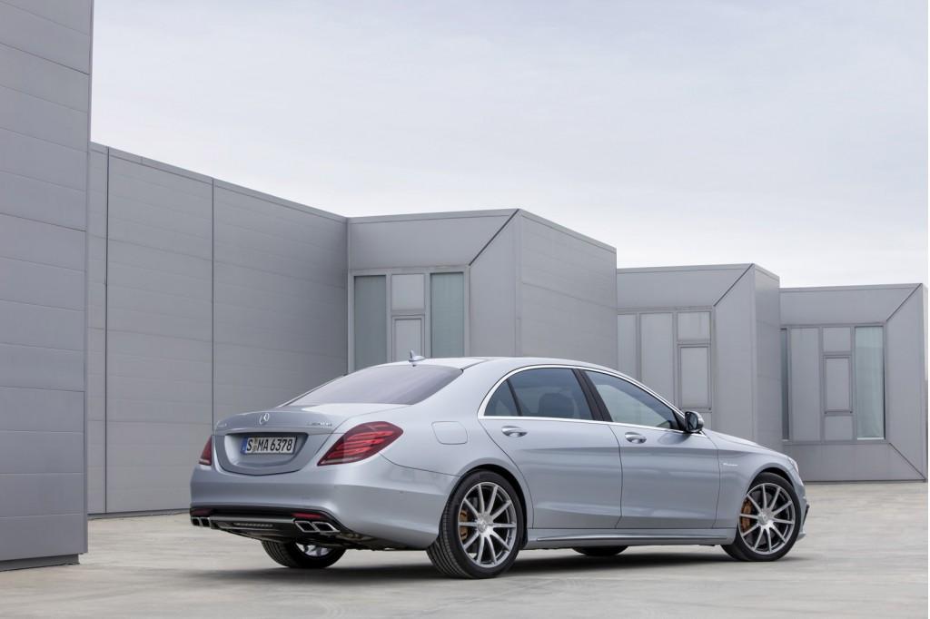 http://images.caradisiac.com/images/8/0/7/1/88071/S0-Voici-la-nouvelle-Mercedes-S63-AMG-298136.jpg