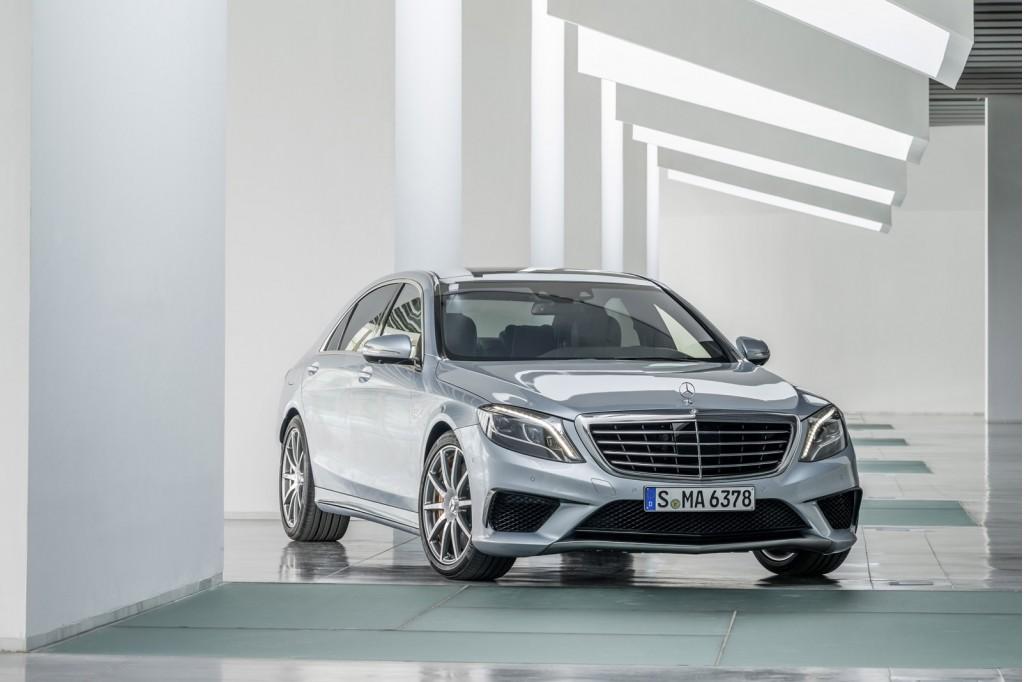 http://images.caradisiac.com/images/8/0/7/1/88071/S0-Voici-la-nouvelle-Mercedes-S63-AMG-298156.jpg