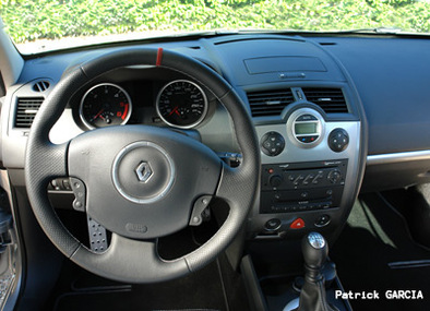 Long Test Renault Mégane RS DCI: Reine du hors piste 1/3