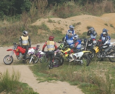 Stage supermotard 2009 : les Supermot'days prennent la direction de Lohéac… les 30 et 31 mai.