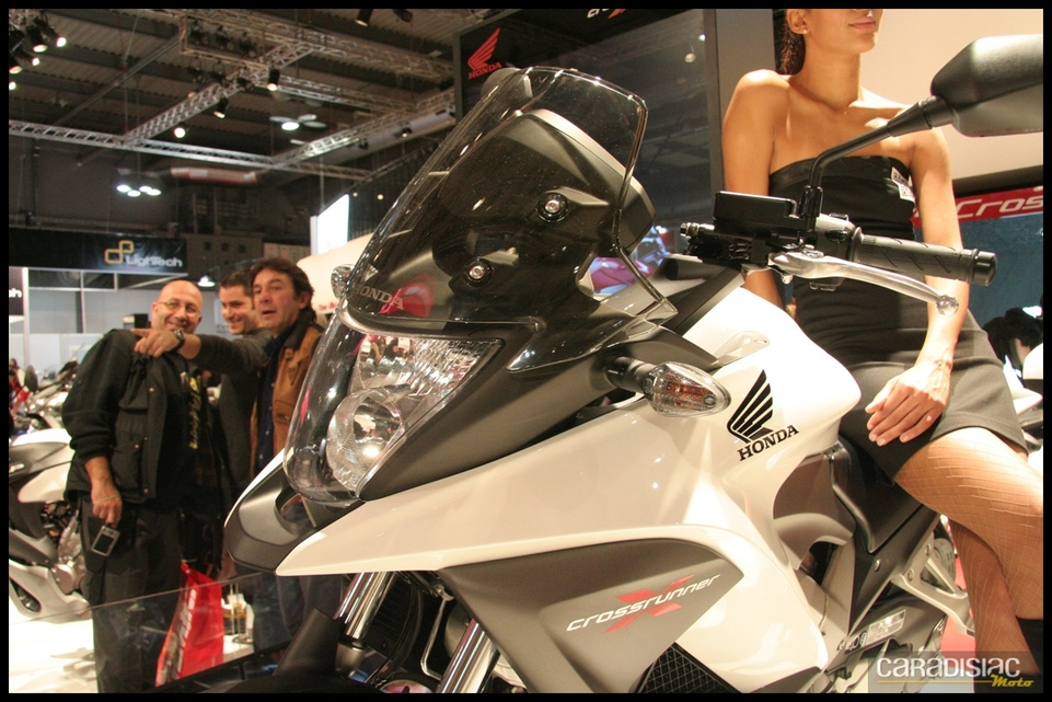 Salon de Milan 2010 en direct : Honda Crossrunner 800