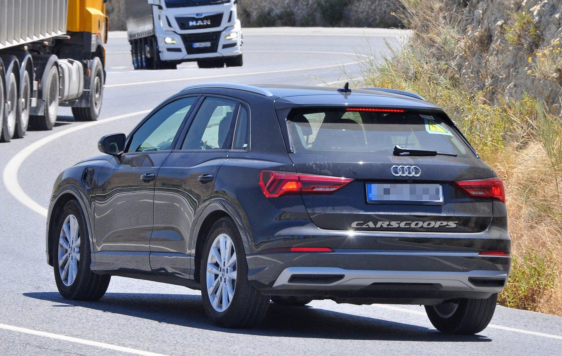 Un Audi Q3 Electrifie Dans Les Tuyaux