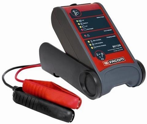 Facom BC 124, pour recharger vos batteries.