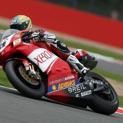 Superbike: Silverstone D.2: La pole pour Bayliss