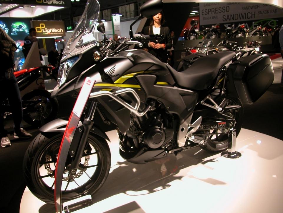 En direct de l'EICMA : Honda CB 500 X