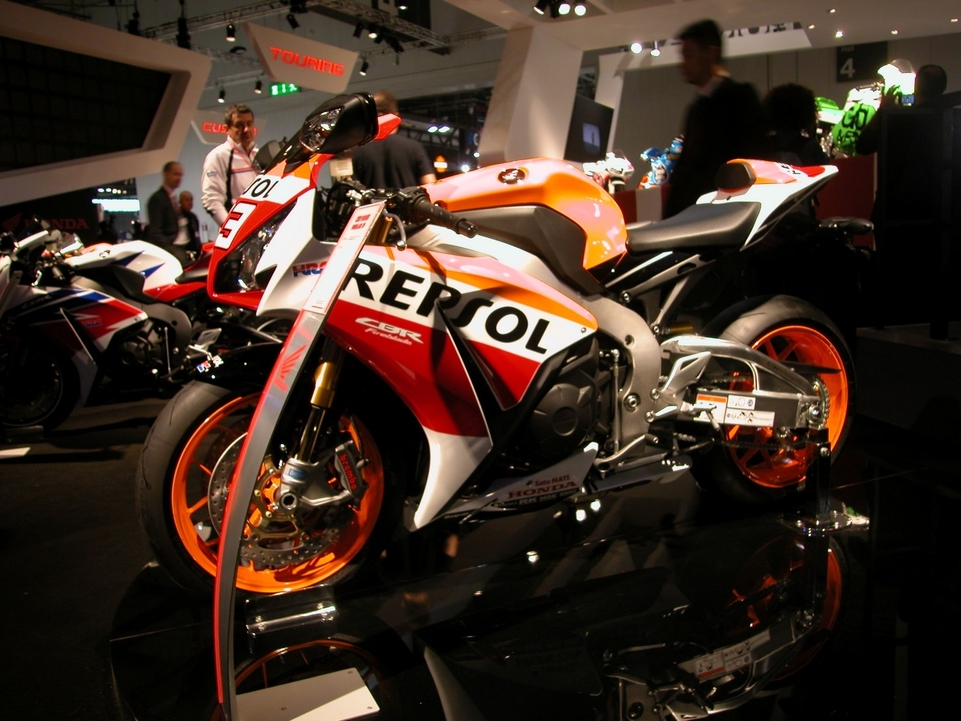 En direct de l'EICMA : Honda CBR 1000 RR SP, encore...