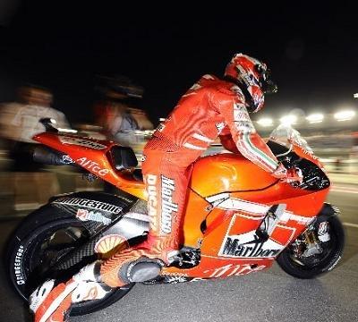 Moto GP - Qatar D.1: Stoner peut encore améliorer