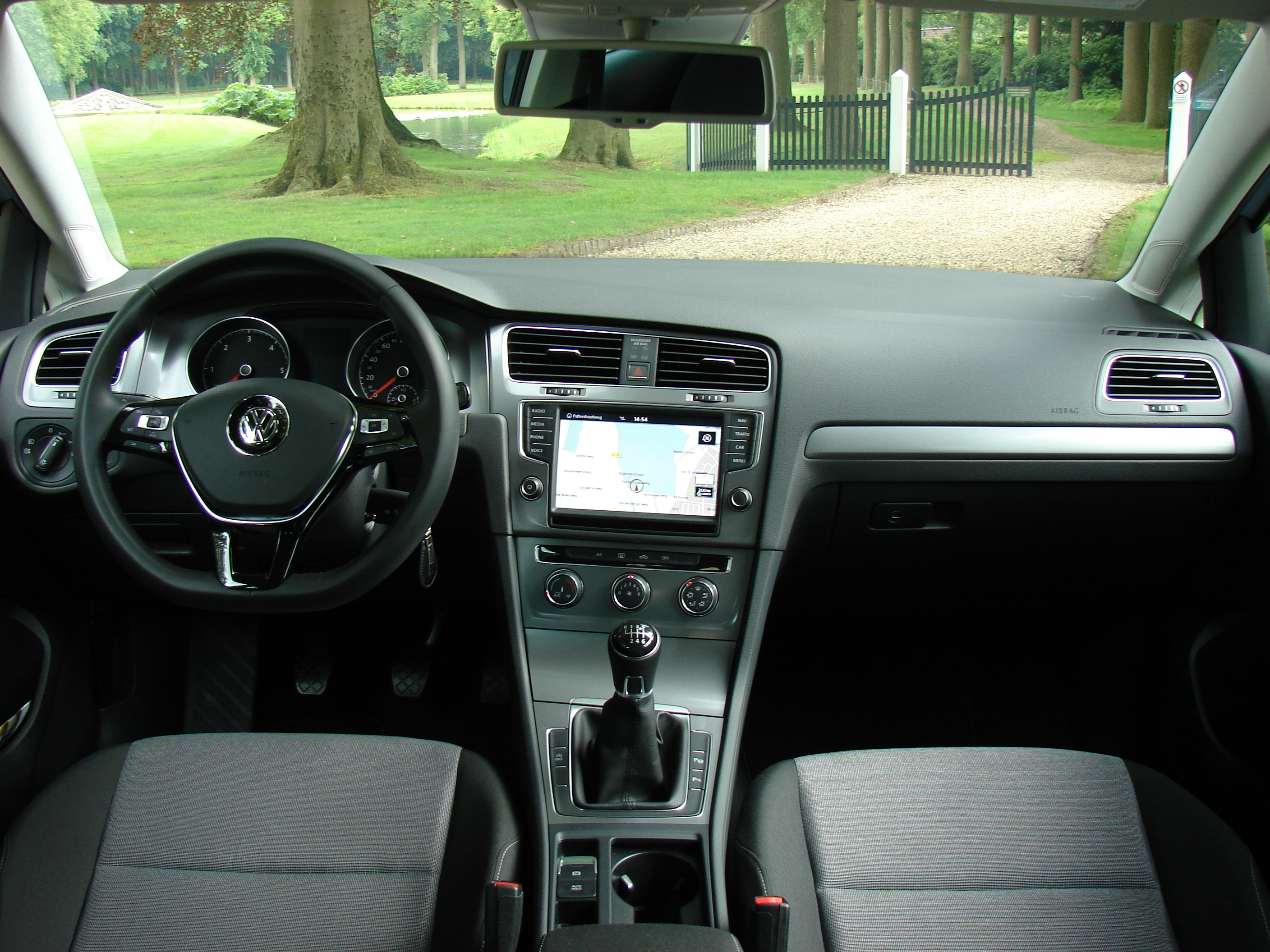 essai volkswagen golf 1 6 tdi 110 bluemotion le. Black Bedroom Furniture Sets. Home Design Ideas