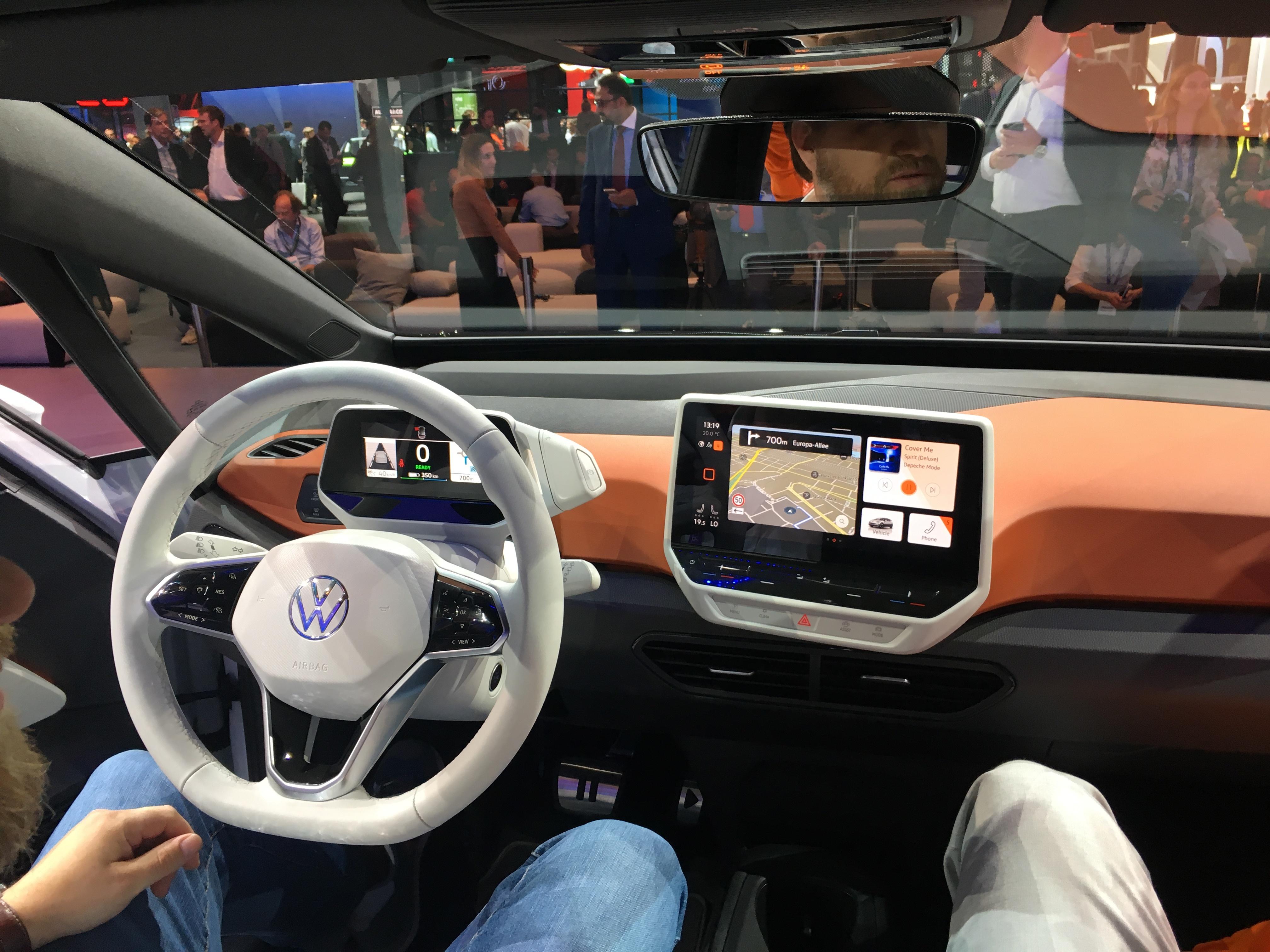 Volkswagen ID.3 :une nouvelle ère - Vidéo en direct du salon ...