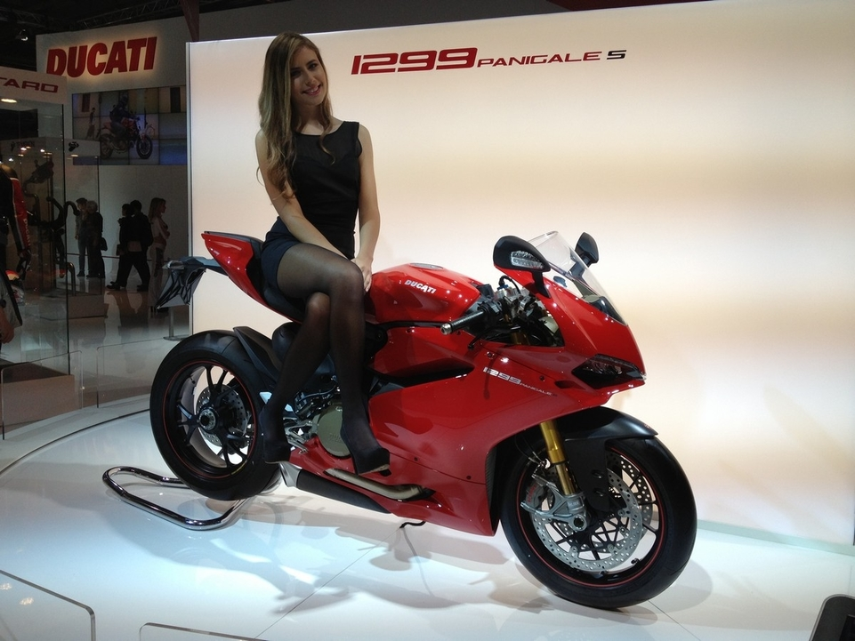 En direct de l'EICMA - Ducati: voici la 1299S le twin à plus de 200 chevaux