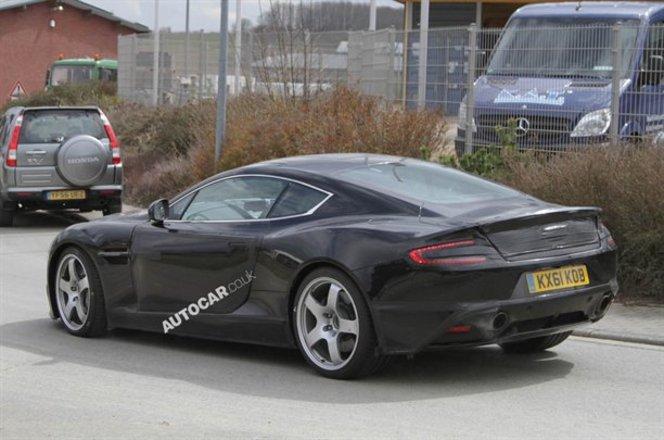 Future Aston Martin DBS : inspirée de la One-77 et 550 ch attendus