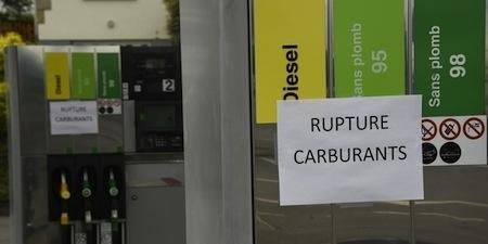 Pénurie d'essence: le déblocage commence
