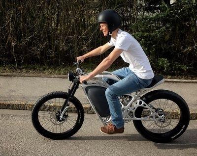 Light Rider: AP Works, une filiale d'Airbus, propose une moto en poudre...