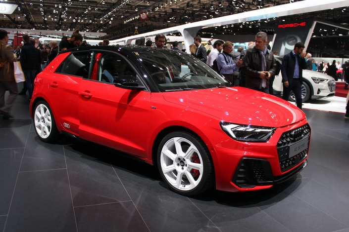 audi a1 sportback plus masculine vid o en direct du mondial de paris 2018. Black Bedroom Furniture Sets. Home Design Ideas