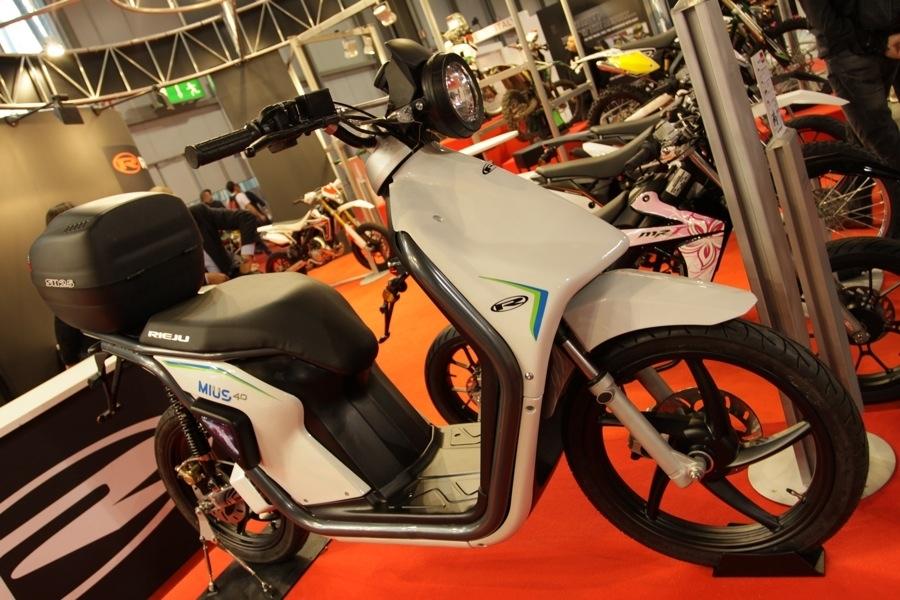 Salon de Milan 2010 En Direct : Scooter électrique Rieju Mius