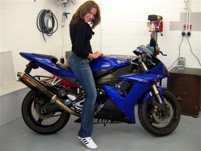 Moto & Sexy : La semaine du Yamaha YZF R1, partie 4
