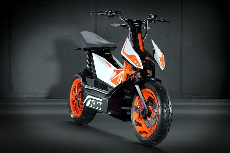 KTM : le E-Speed, le premier scooter Orange