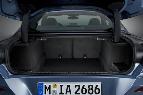 Le volume de coffre est intéressant avec 420 litres.