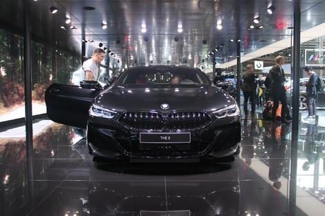 BMW Série 8 coupé : bel ouvrage - Vidéo en direct du Mondial de Paris 2018