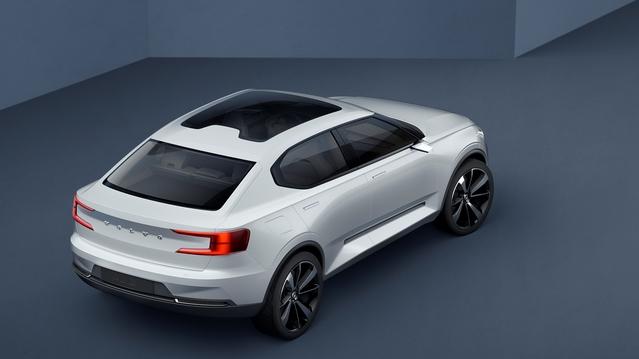 """Volvo dévoile les deux concepts préfigurant la nouvelle famille """"40"""""""