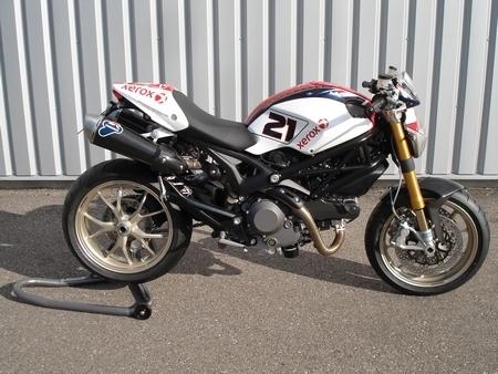 Ducati Monster 1100S Bayliss by Ducati Metz : Baylissima !!