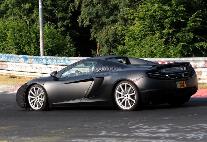 Surprise : un restyling pour la McLaren MP4-12C