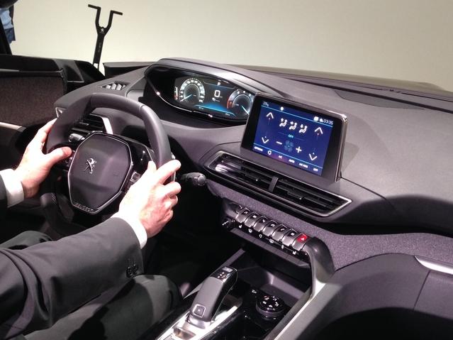 Nouveau Peugeot 3008 : découvrez la première vidéo en direct