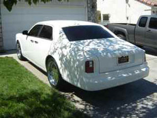 Rolls Royce Phantom Drophead Coupé, le modèle de crise