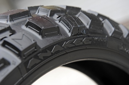 Michelin, présentation de ses 6 nouveautés, partie 2: Pilot Power III, Anakee III, Wild, et Pilot Street Radial (interview)
