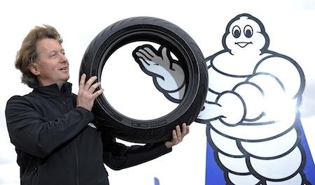 Michelin, présentation de ses 6 nouveautés, partie 1: Le Power SuperSport et 2CT+ (interview)