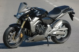JMV Concept : La Hornet 2007 n'y échappe pas !!