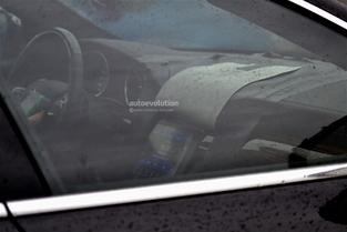 Surprise : le restylage de la Maserati Quattroporte de sortie