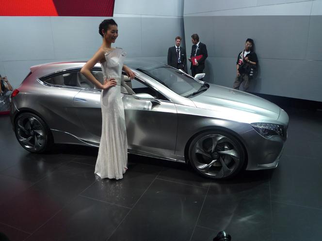 Caradisiac à Shanghai - Mercedes Classe A : adieu le menu sandwich